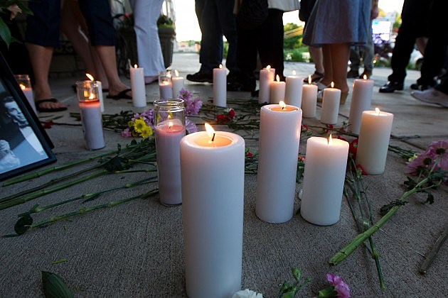 Dick Clark Honored With Candlelight Vigil At Dick Clark's American Bandstand Theater