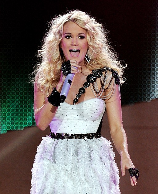Carrie Underwood And Hunter Hayes Perform At The Staples Center