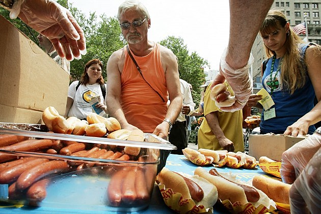 Competitive Eaters Weigh In Ahead Of July 4th Hot Dog Contest
