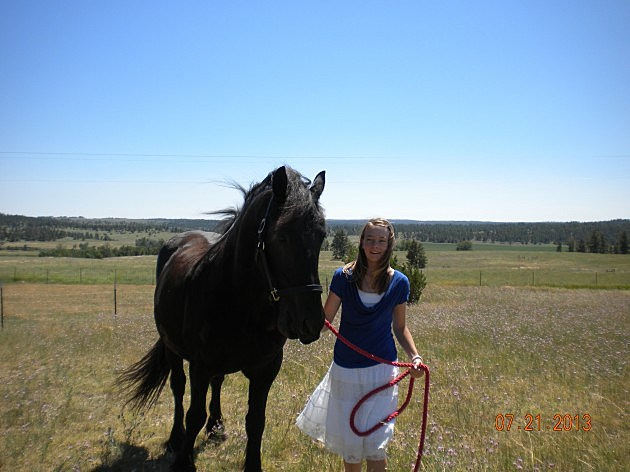Rylie Ross with her horse Cash
